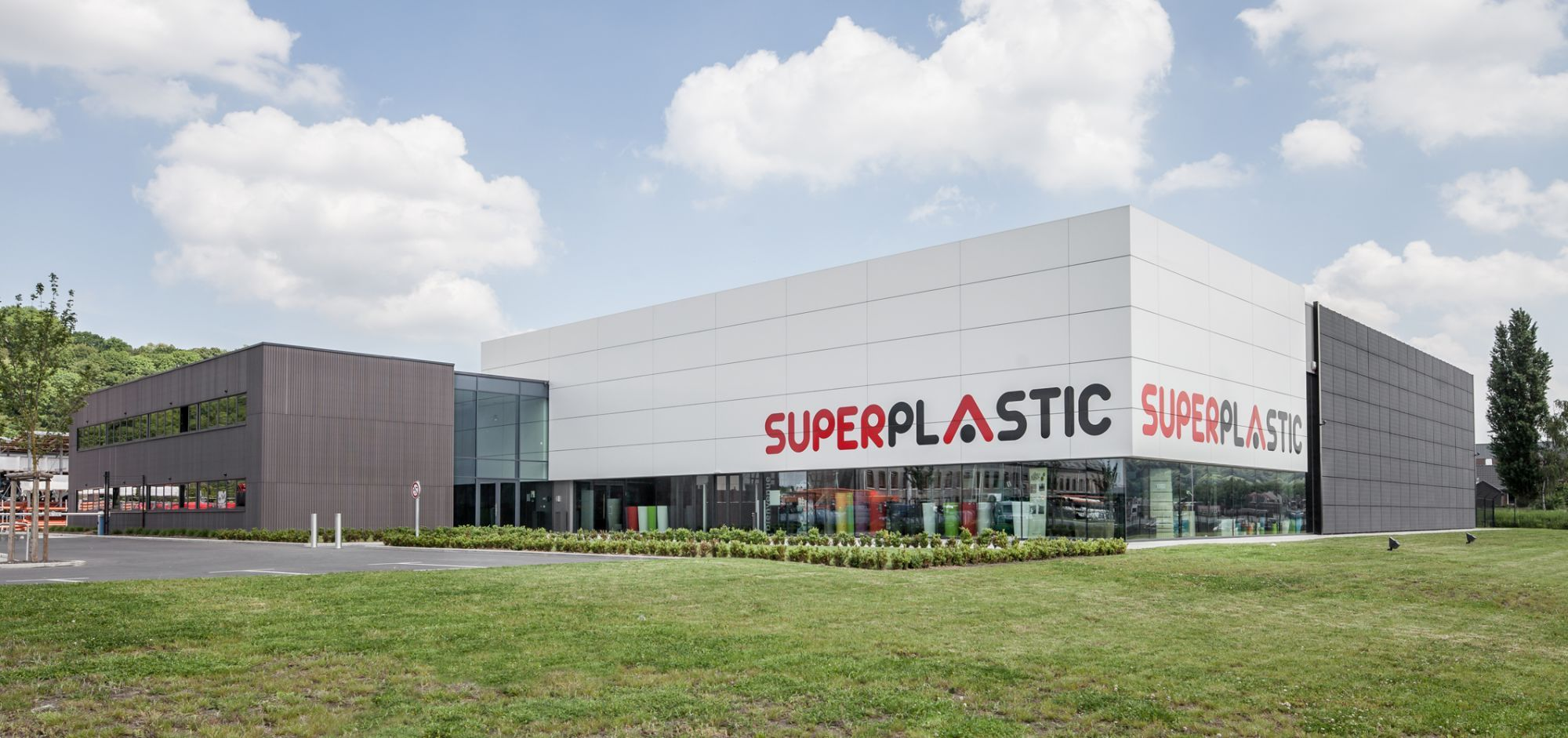 superplastic-1